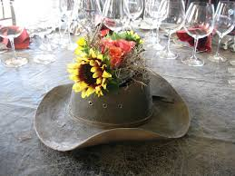 Best 25+ Country Table Centerpieces Ideas On Pinterest | Wedding ...