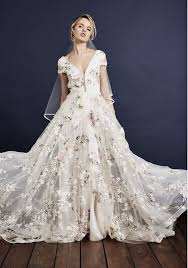 embroidered wedding dress. Savin London launch show stopping new Floral Love 2018 collection