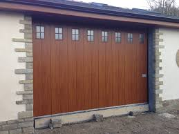 sliding garage doorBest Bifold Garage Doors  Types of Bifold Garage Doors  Classy