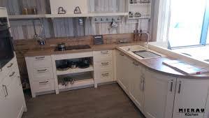 Küchengriffe Welche Griffe gibt es Grifflos Tipps und Ratgeber