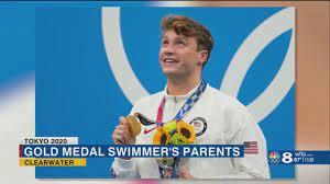 Bobby Finke winning gold ...