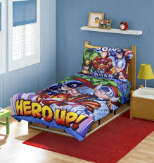 super hero squad toddler bedding set