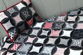 7 Dazzling Denim Quilt Patterns & Denim Circle Rag Quilt Recycled Jeans Adamdwight.com