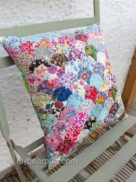 28 best Liberty of London - quilts and patchwork images on ... & myBearpaw: Liberty Clamshell Cushion - free tutorial here: http://poppymakes Adamdwight.com