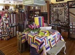 Elaine's Quilt Block | AllPeopleQuilt.com & Antique Display Adamdwight.com