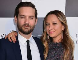 tobey maguire and wife jennifer meyer call it quits