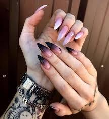 Todo en uñas acrílicas ,manicure,pedicure,gel,acrigel , depilación , esmaltado permanente. Disenos De Unas Para Chicas Que Aman El Ocultismo En 2021 Manicura De Unas Unas De Maquillaje Unas Postizas De Gel
