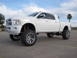white dodge ram lifted. Contemporary Lifted Dodge Ram 2500 White Lifted 158 Throughout N
