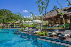 pool bar. The Pool Bar Ritz-Carlton