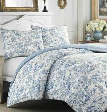 ont ideas blue and white toile bedding inspiring classic french incredible design duvets black duvet cover