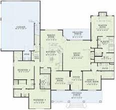 ideas about Square House Plans on Pinterest   Foursquare     square foot house plans   baths bedrooms open floor plan   sunporch split floor