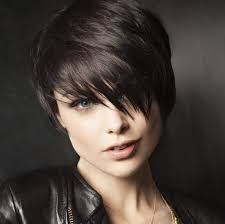 2017 2017 short haircuts for round faces 10