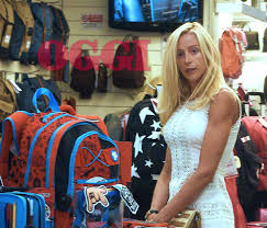 Olivia Paladino e Giuseppe Conte, shopping e cenetta a casa di lei - FOTO  ESCLUSIVE | Gossip