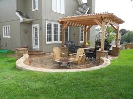 Impressive Outdoor Pictures Of Exterior Decoration Patio Paver Design Ideas  : Beautiful Green Grass Garden With ...