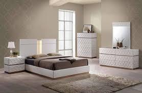 emma modern bedroom set in white finish