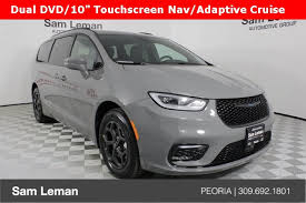 Putting the fun back in parenting. New 2021 Chrysler Pacifica Hybrid Touring L S Package 4d Passenger Van In Bloomington Morton Peoria C5456 Sam Leman Automotive Group