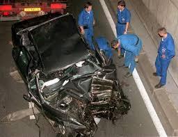 「1996 ダイアナ妃事故死」の画像検索結果
