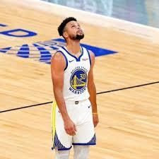 Récord de Stephen Curry y otra derrota de Milwaukee