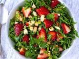 balsamic strawberries with arugula