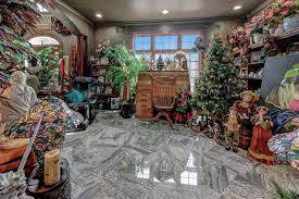 22 reviews of christmas tree shops i go out of my way to visit this location and it's worth it! Christmas Comes Early And Stays Year Round Inside This New Jersey Home Wsj