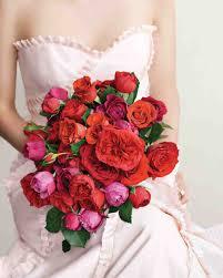 romantic red bridal bouquet to show love weddceremony com