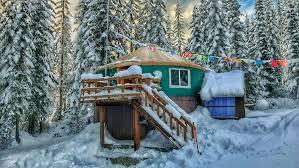 hut in the mount rainier foothills