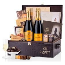 iva and veuve clic exclusive