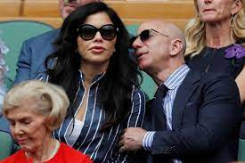 Amazon CEO Jeff Bezos and girlfriend ...