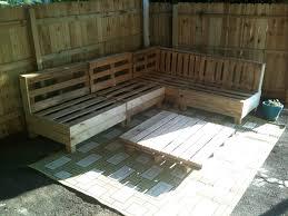 250fa7760b1cbdde3a55f62bbea083e7 how to make patio furniture out of pallets  ...