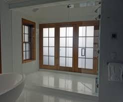 bathroom privacy glass