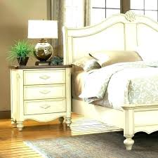 Country French Bedroom French Country Cottage Decorating Ideas ...