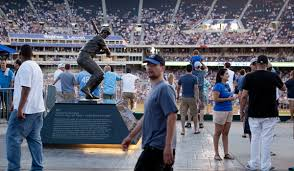 Unlike Royals Mets Are Slow To Put Heroes On A Pedestal