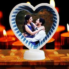 Make valentine's day 2021 the most romantic yet with valentine's day gifts that share the love. Heart Led Magic Mirror Heart Photo Frame With Mirror Valentine Gift Couple Gifts Valentine Day Craft व ल ट इन उपह र Print Digits New Delhi Id 21828764573