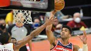 Phoenix Suns sign free agent Chandler ...