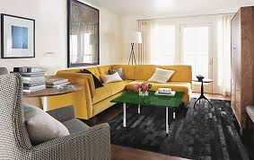 dreamwalls color glass as coffee table top in emerald green