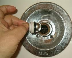 luxury ideas how to fix a leaky bathtub faucet with one handle 95