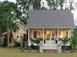 Peachy Farmhouse Plans With Guest House 15 17 Best Ideas About Small On  Pinterest