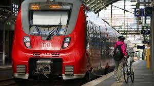 Wichtig sei, dass die bahnkunden mit verlässlichen informationen versorgt würden. Deutsche Bahn Will Gdl Streik In Letzter Minute Verhindern