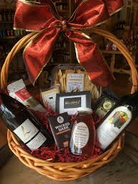 wine food lover gift basket 120 150
