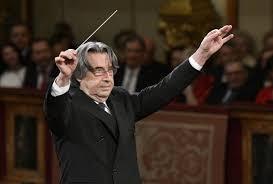 Corona in Italien – Riccardo Muti protestiert gegen die Schliessung von  Konzertsälen