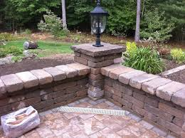 venetian paver patio with wall