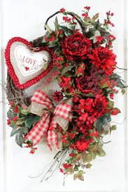 valentine wreaths for your front door588 best Valentine Wreaths  images on Pinterest  Valentine