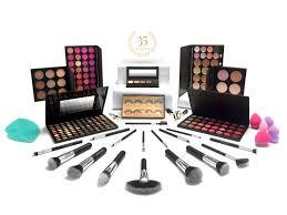 qc makeup academy 35 year anniversary makeup kit free