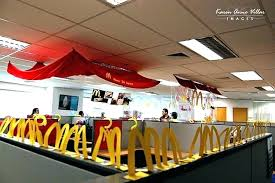 Office decoration ideas Budget Office Cube Decorating Ideas Office Decorating Ideas For Decorating My Office Cubicle For Christmas Tall Dining Room Table Thelaunchlabco Office Cube Decorating Ideas Office Decorating Ideas For Decorating