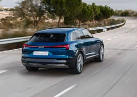2018 audi electric car. simple electric audi etron suv confirmed for 2018 with 300 mile 500 km electric range and audi electric car