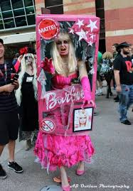 this zombie barbie cosplay is pretty awesome pic june 2016 zombie