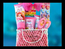 gifts ideas for s presents perfect disney princess toiletries gift basket giftbasket4kids