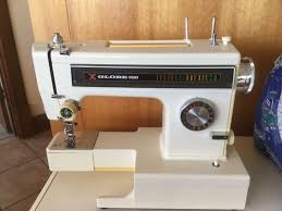 Globe 550 Sewing Machine