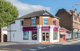 Estate Agent Cv Surbiton Branch Jezzards Estate Agents In Surbiton