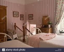 Schlafzimmer Tapeten Rosa Schlafzimmer Rosa Grau Planen Wie Man